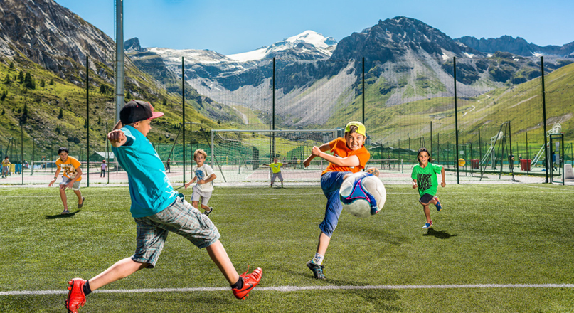 FOOTBALL VALCLARET KIDS @ TIGNES.NET