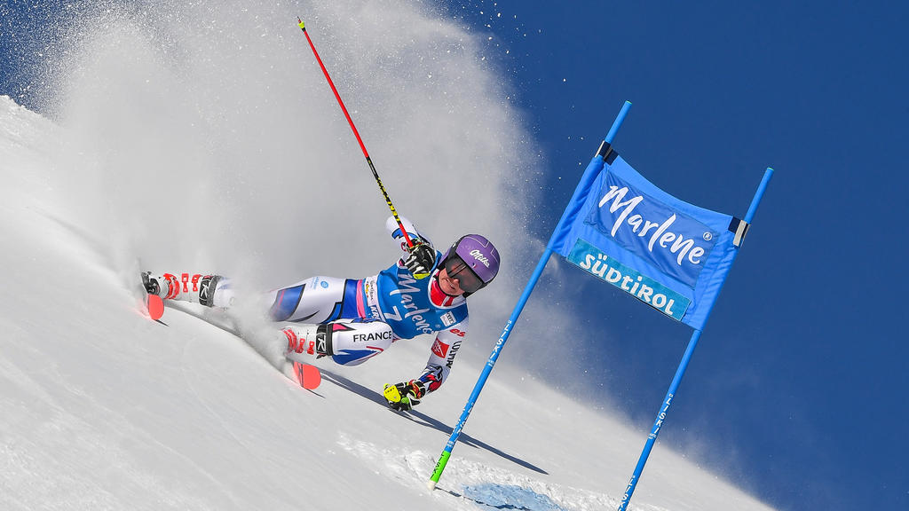SKI-ALPINE-WOMEN-WORLD-GIANT-SLALOM