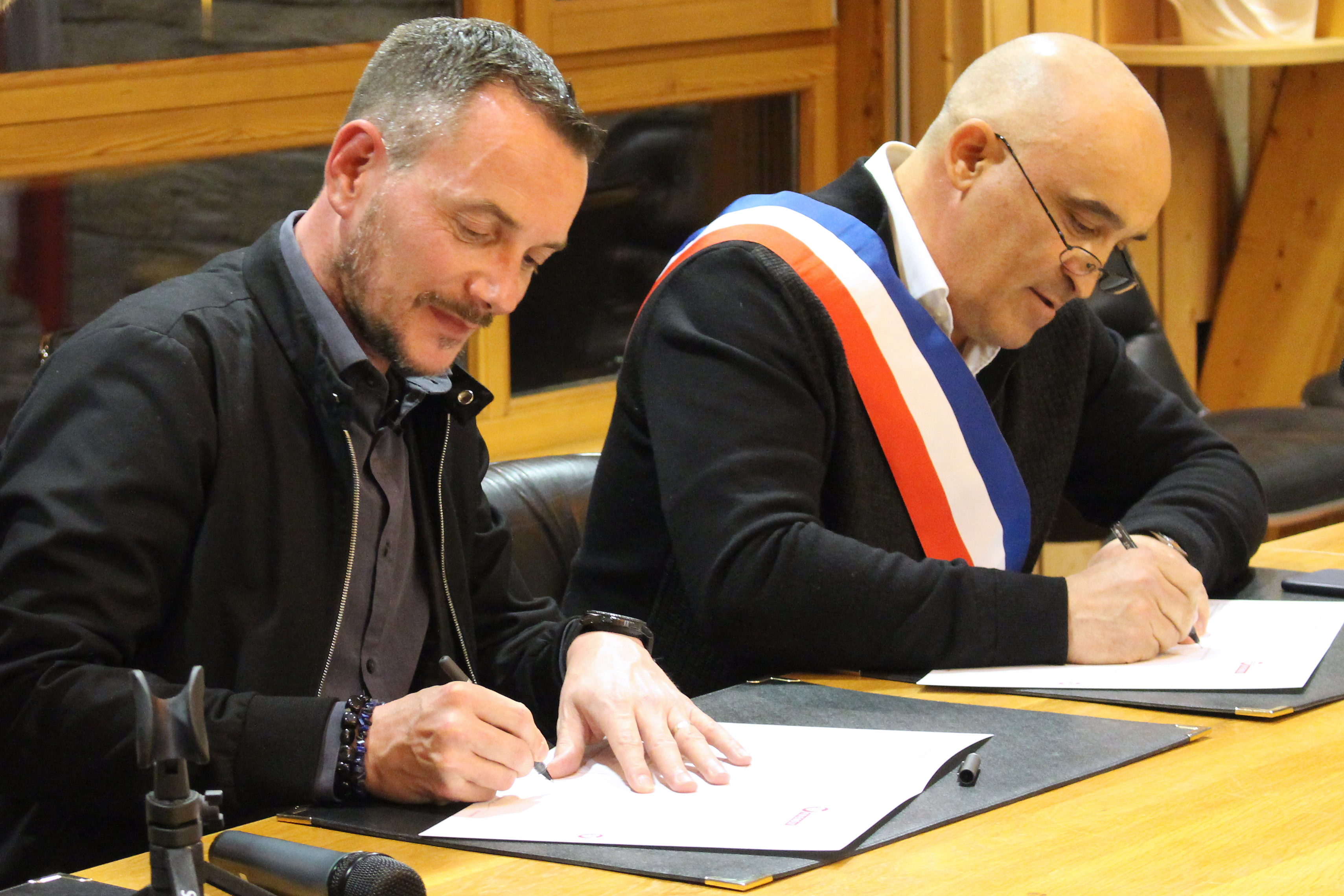 VINCENT BOILEAU AUTIN JC VITALE FRIENDLY @ MAIRIE-TIGNES.FR