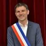 guillaume-desrues-a-ete-officiellement-elu-nouveau-maire-de-bourg-saint-maurice-avec-26-voix-pour-et-trois-bulletins-blancs-photo-le-dl-jean-luc-traini-1593872569